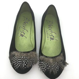 Blowfish Malibu feathered ballet flats size 10